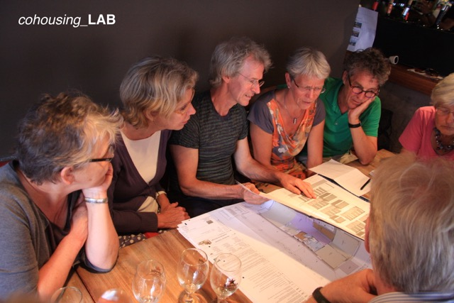 Un grupo de usuarios del cohousing
