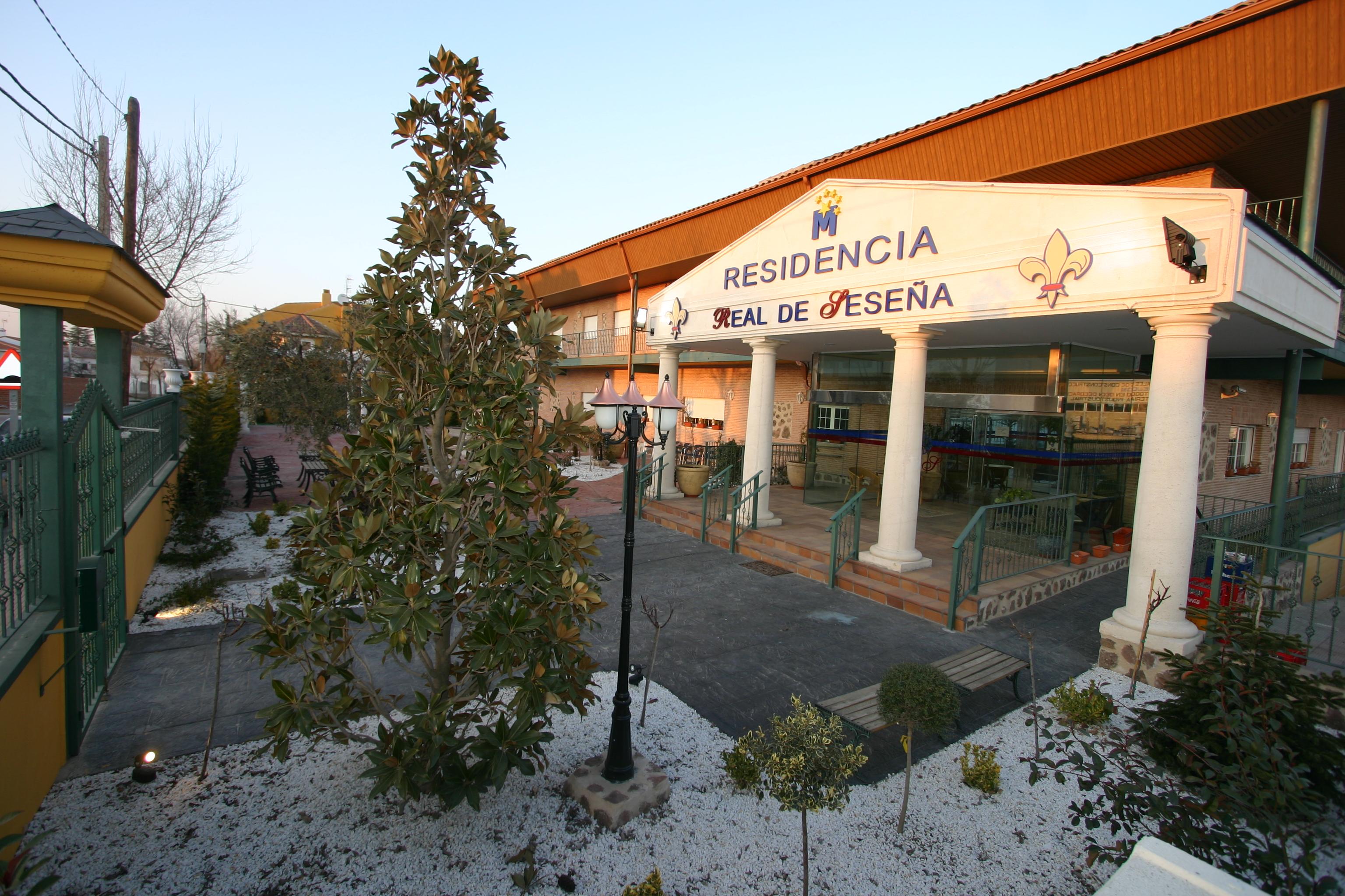 Residencias geri tricas en sese a toledo toda la for 11 marine terrace santa monica